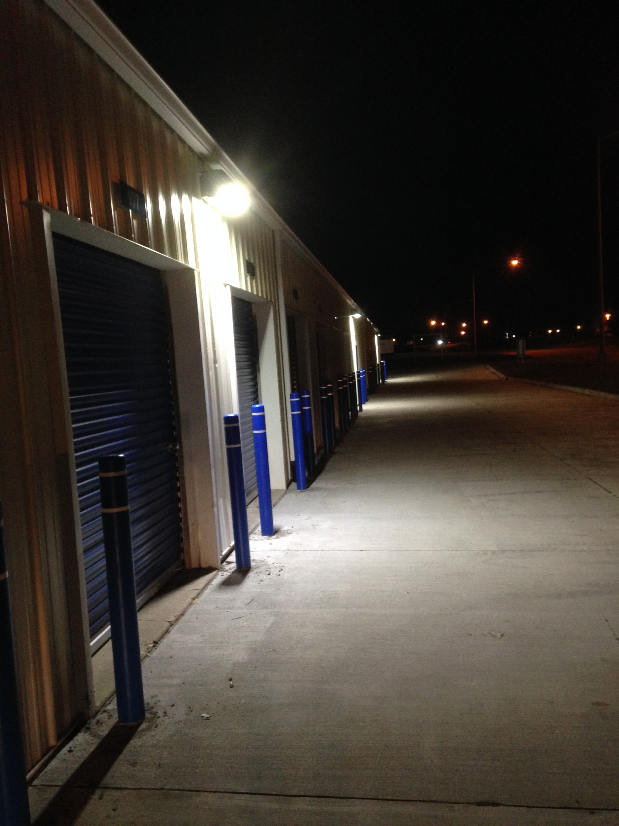 Large Garage Space 24 Hour Self Storage In Davenport