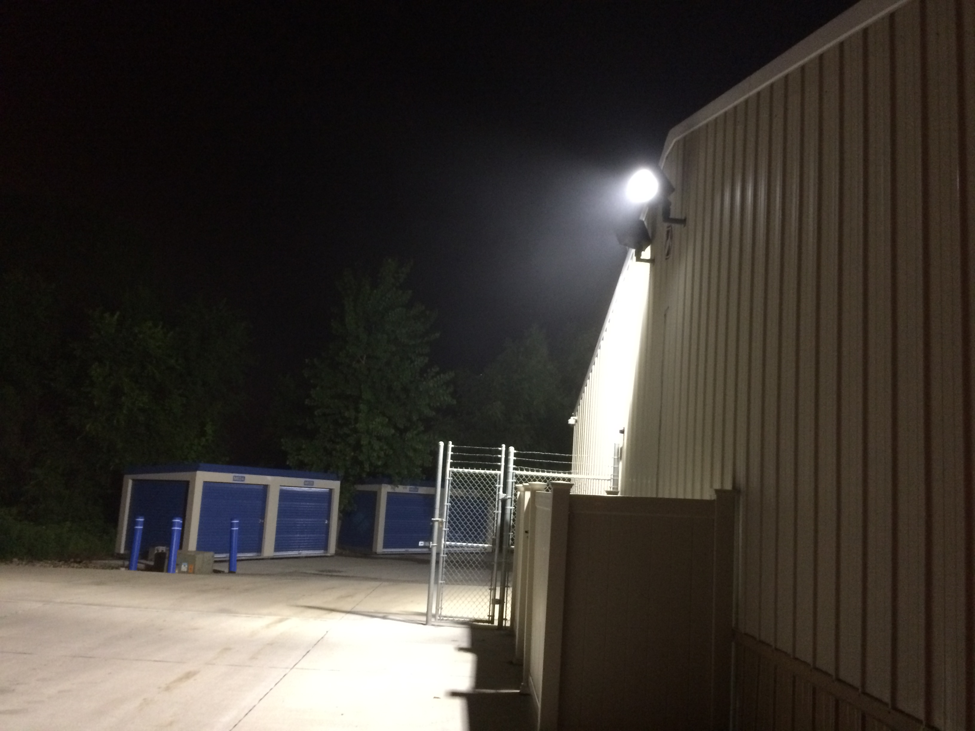 Perimeter Led Flood Lighting 24 Hr Self Storage Davenport Ia